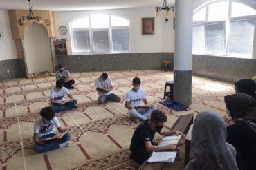 Kомисија за оценување на знаењето на учениците на мектебите ги посети учениците на мектебот на Џамијата с.Долно Нерези