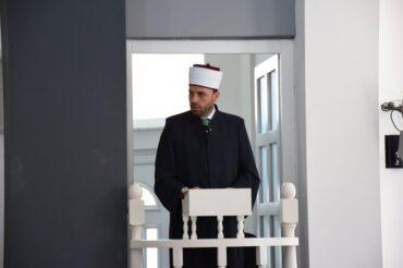 Müftü Dr.Kenan ef. İsmaili Cuma Hutbesini Vizbeg'te ''Mehmed ef. Sadik'' Camisinde Verdi